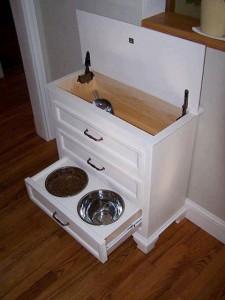 kitchen storage 3 pet bowls